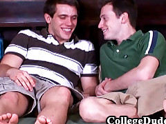 College Dudes -  Hunter Fucks Kyle Quinn